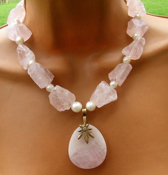 Statement Necklace - Rose Quartz Chunky Necklace - Fresh Water Pearls - Beaded necklace