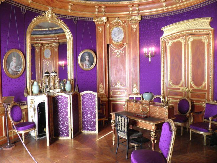Les 25 meilleures id es de la cat gorie salons violet sur - Peinture salon violet ...