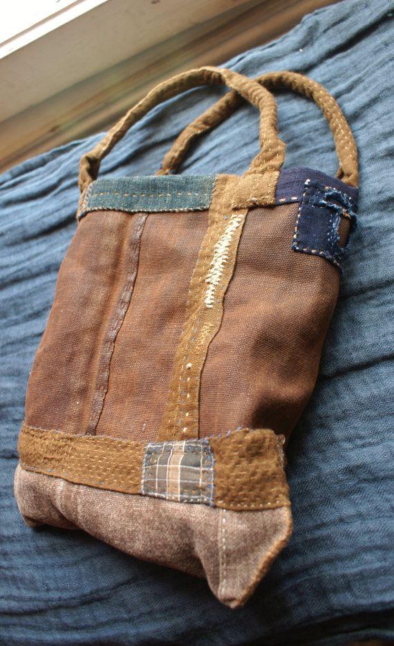 sakabukuro / small bag in Japanese sake bag and linen by lesamovar