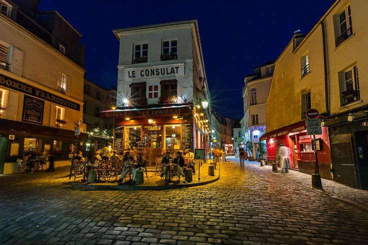 Cafe on Montmartre, Paris by Andrey Omelyanchuk on 500px