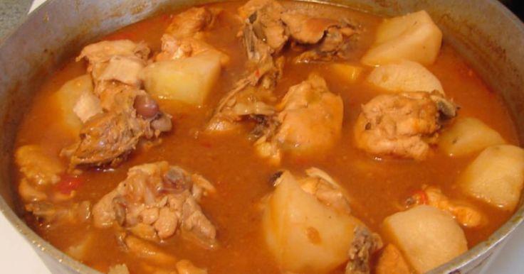 Fabulosa receta para Guisado de pollo con papas y zanahorias.