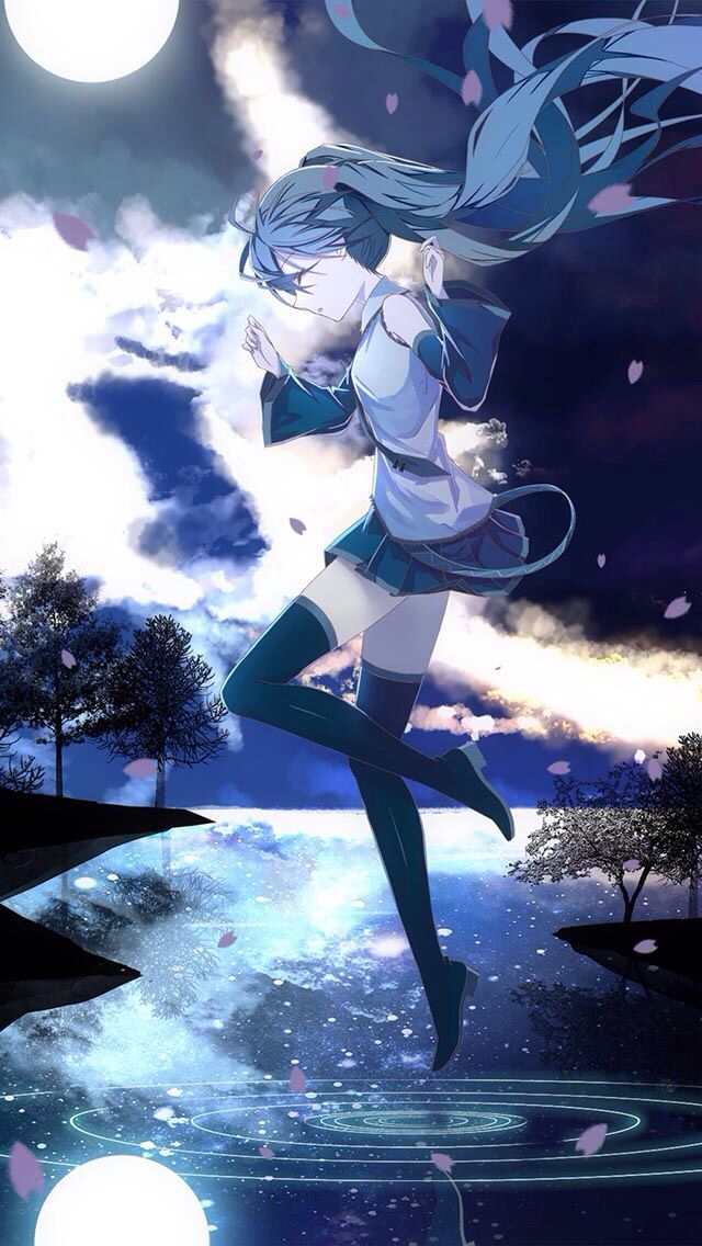 I love Hatsune Miku so much! She is my favorite j-pop star, and she is so cool, beautiful, and a good singer too