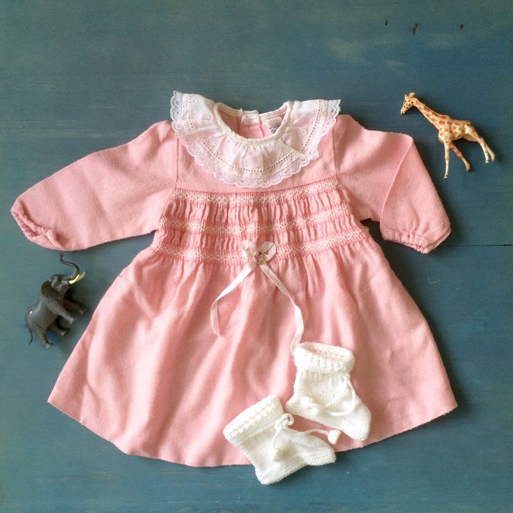 Vintage baby girl outfit from ElleBelleVin