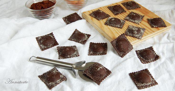 Ravioli al cacao gorgonzola e pere