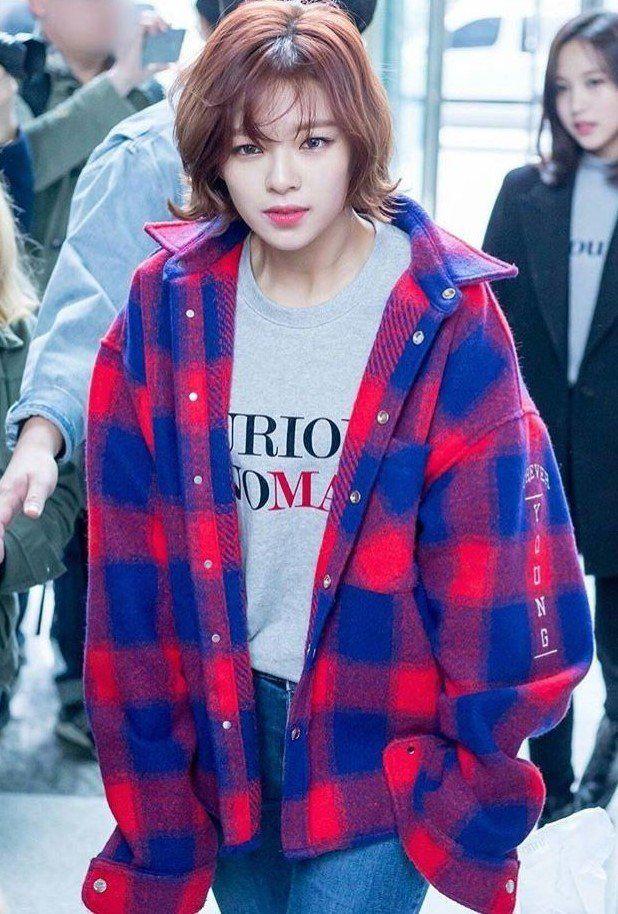 Shop Blackpink Airport Fashion Lisa Urban Look Airport Fashion Kpop Kpop Fashion Twice Clothing