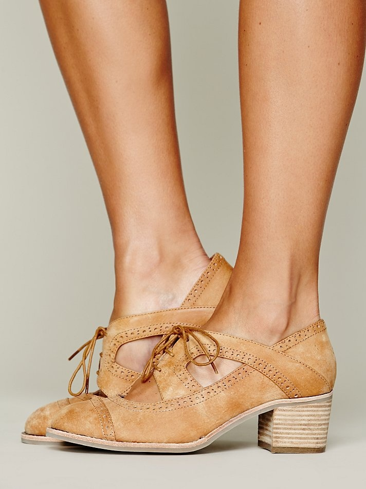 Jeffrey Campbell Gatsby Oxford http://www.freepeople.co.uk/whats-new/gatsby-oxford/