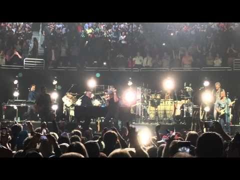Billy Joel/ Brian Johnson - You Shook Me All Night Long / Fan Video