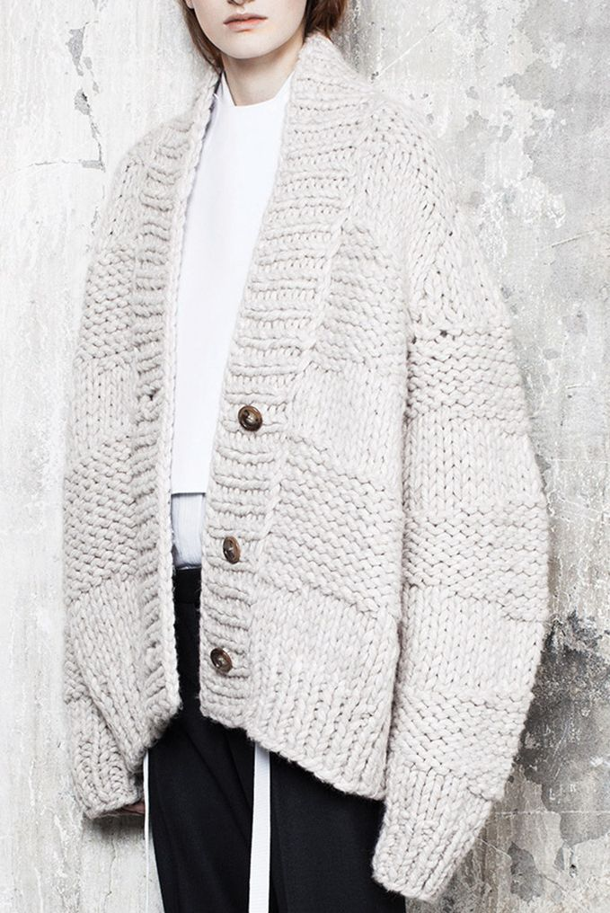 Knitting Pattern For Oversized Cardigan : 17 Best ideas about Chunky Knit Cardigan on Pinterest ...