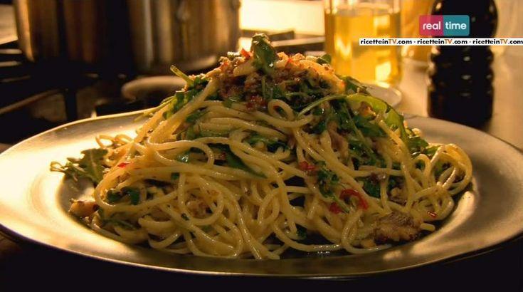 Cucina con Ramsay, ricette: spaghetti con peperoncino, sardine e origano.