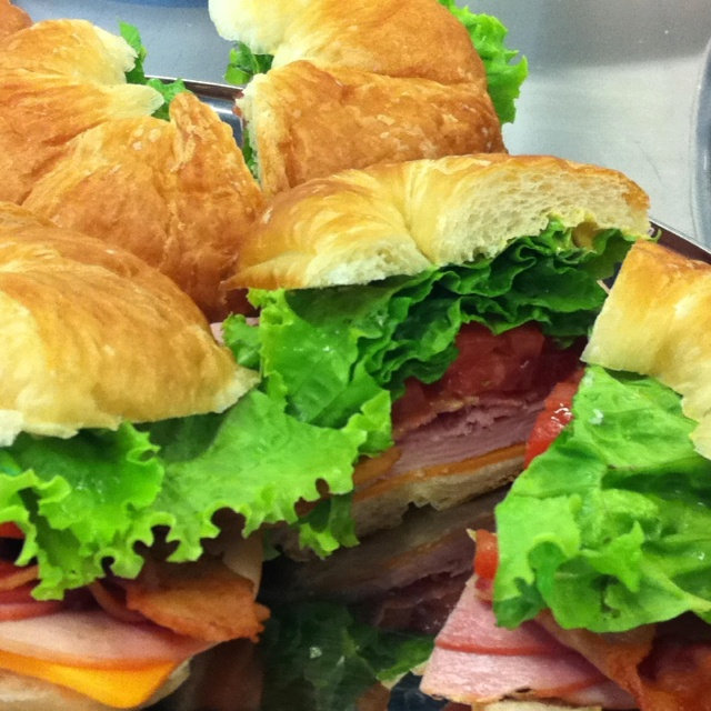Turkey, bacon, tomato and lettuce on a croissant