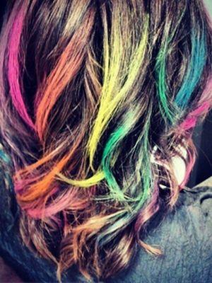 Hair chalk streaks