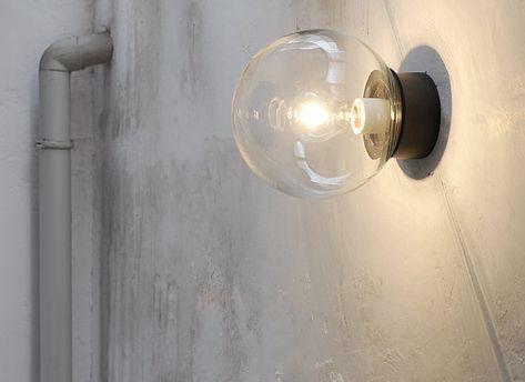 シンプルでレトロなデザインの照明。屋外でもお使いいただけます。 #エクステリア#照明 #シーリングライト