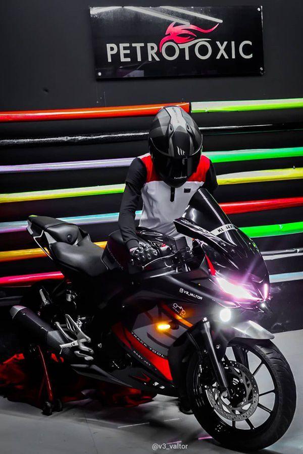 Modified Black Red Yamaha R15 V3 Modifiedx Bike Pic Bike Photoshoot Yamaha