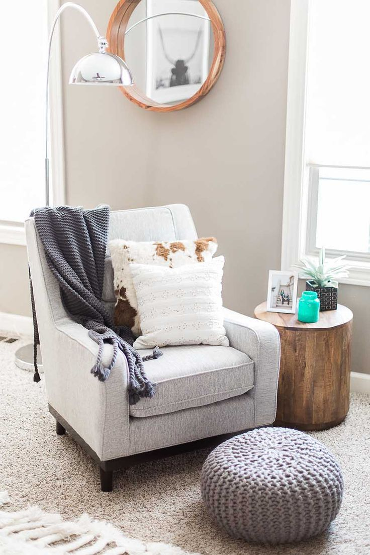 In This Before After Experience See How Havenly Client Took Her Living Room From Dark And Drab To Bright Dreamy