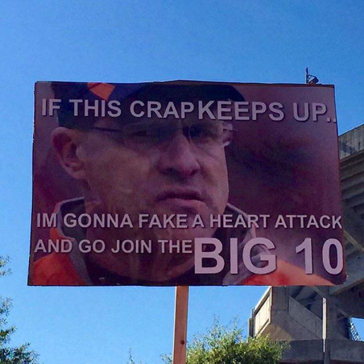 Best College Gameday Signs 2015