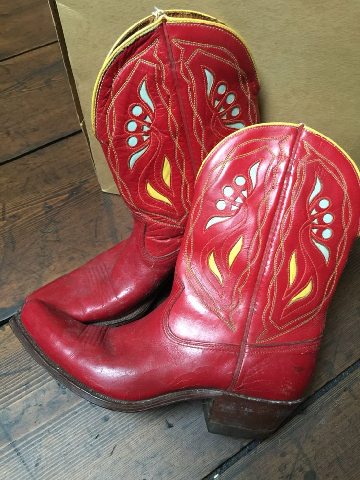 50s Acme cowboy boots red with light blue and yellow inlay, with box, very good condition door Tonupgirl op Etsy