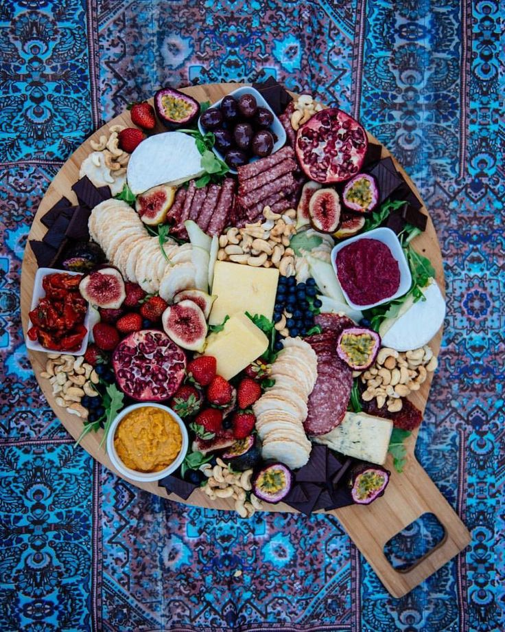 "Geneva Vanderzeil on Instagram: ""A foolproof formula for creating this insanely delicious party platter. On the blog now. Thanks for the lesson @melcarrero_! And for coming to share @spell_byronbay @anita_ghise @lucianarose @herheartcriesfowl @wholeselfkinesiology @wanderingfolk"""