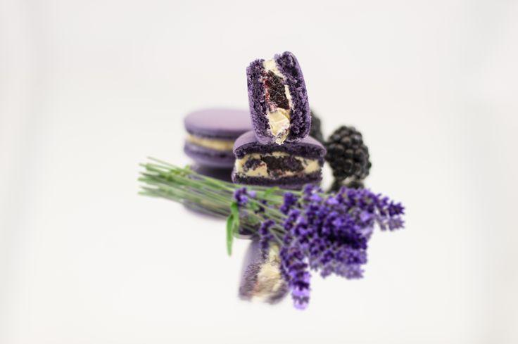 Lavender macarons - Boheme delices francaises