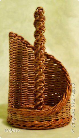Поделка изделие Плетение Последние работы Бумага газетная фото 2