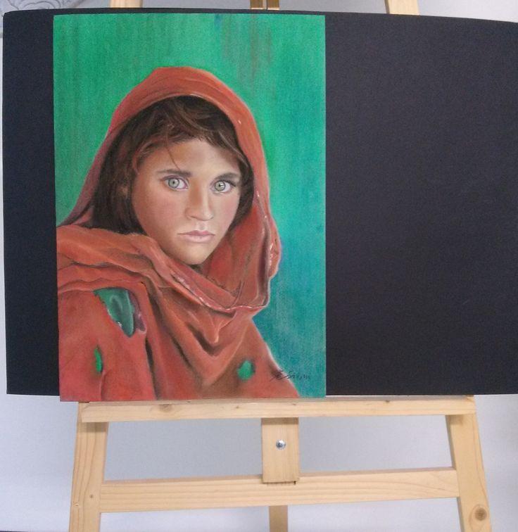 Corso di disegno e pittura. Ritratto a pastello. Ragazza afgana