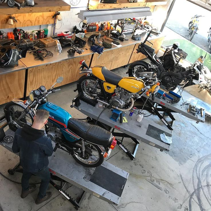 Benzina Garage, Preston South