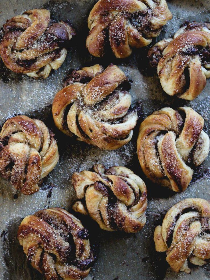 Swedish cinnamon buns Kanelbullar-diadonna-Diana-Dontsova-Femina