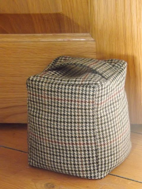 Me and my shadow: Thrifty Tweed Door-Stop Tutorial