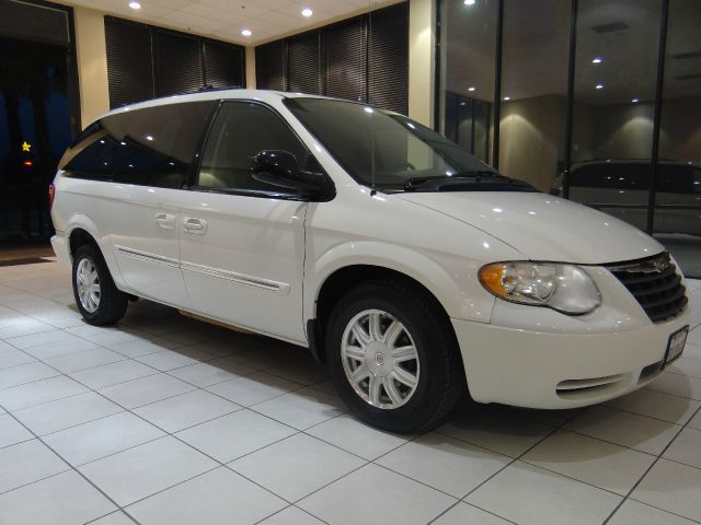 2005 #Chrysler #Town #and #Country #Touring #4dr #Ext #Minivan #ForSale GetMoreInfo - http://goo.gl/Q2y4SR