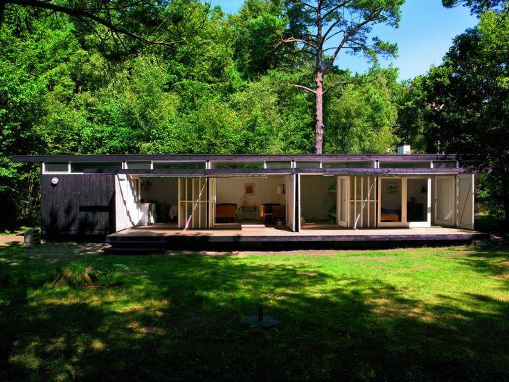 Guest home for Niels Bohr's summer house in Tisvilde, Denmark. Designed in 1957 by Vilhelm Wohler.