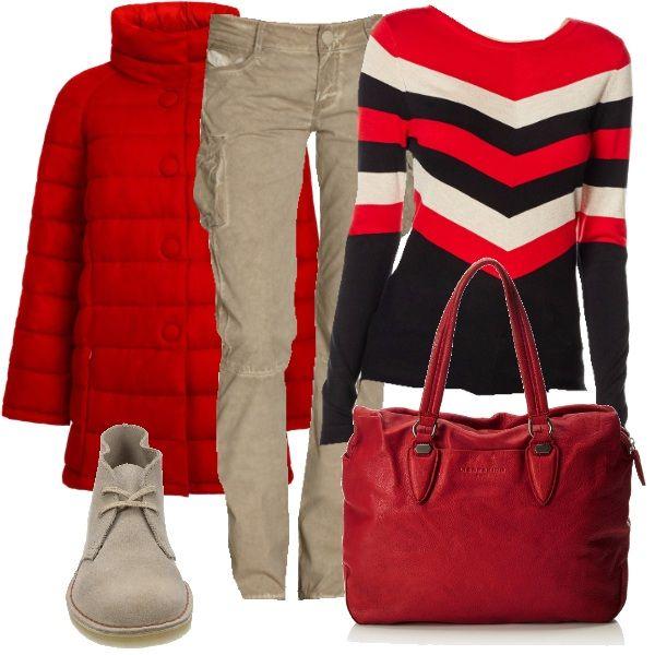 Outfit comodo, pensato per un giro in città, fra musei, negozi e quant'altro. Il piumino rosso è indossato con una maglia rossa in viscosa a righe nere e beige e con pantaloni beige cargo slim-fit. Una bella shopper di pelle rossa e le intramontabili Clarks completano il look.