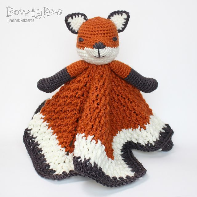 Perfect for a nursery or a cuddle-loving toddler! Ravelry: Foxy Fox Lovey pattern by Briana Olsen #fox #baby #crochet