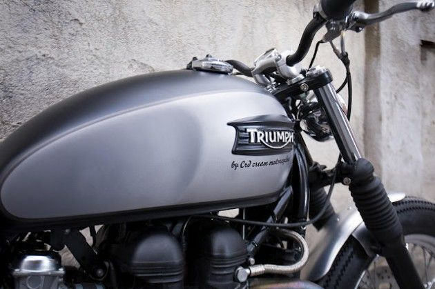 Silver Eyes By Cafe Racer Dream fuel tank