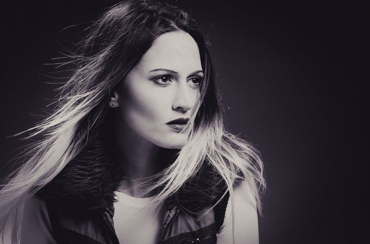 model: Charoniti Anna makeup: Maria Kypraki photo: Pavlos Kapoglou