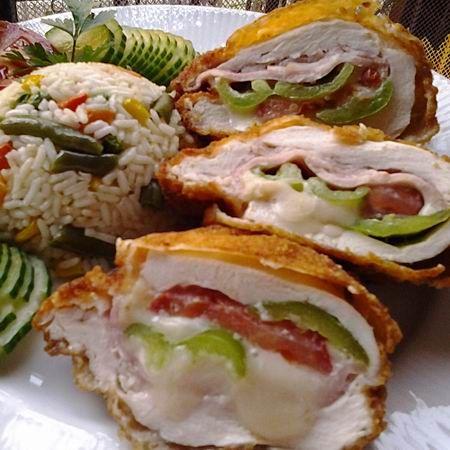 Egy finom Magyaros töltött-rántott csirkemell ebédre vagy vacsorára? Magyaros töltött-rántott csirkemell Receptek a Mindmegette.hu Recept gyűjteményében!