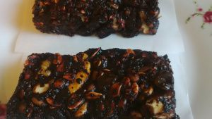 No-bake beet raw chocolate cake