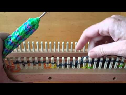Tutorial for entrelac on a knitting loom- beginning triangles