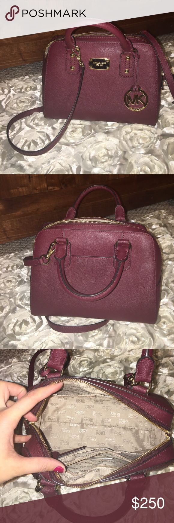 Michael Kors jet set crossbody purse Absolutely gorgeous plum color. Saffiano leather MK. Size small (not mini) - very spacious. Comes with shoulder strap. Golden hardware. Michael Kors Bags
