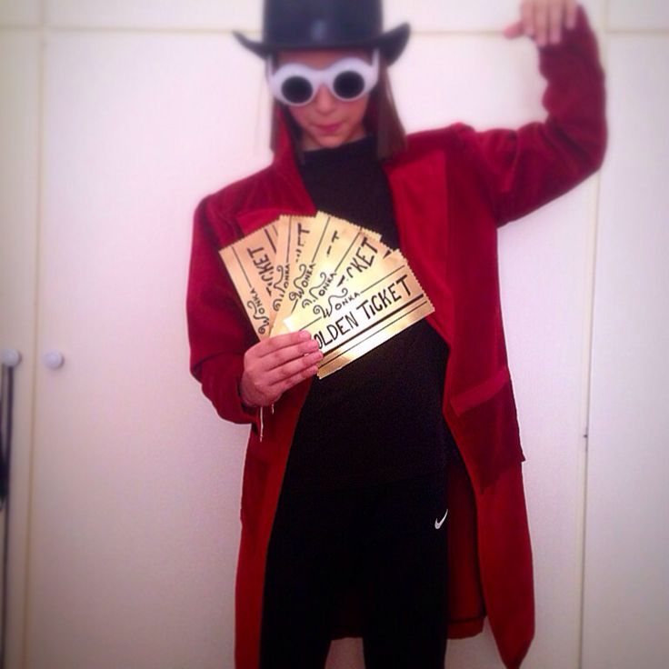 My favorite character!!!! Willy Wonka!!!! Johnny Depp is always an inspiration for me!!!! Haloween costume