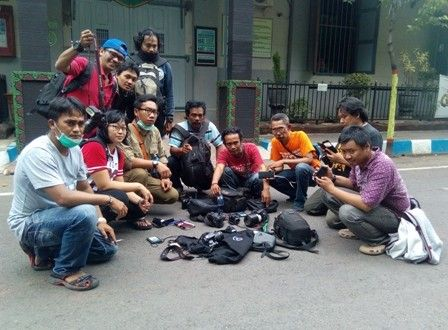Wartawan Protes Larangan Liputan