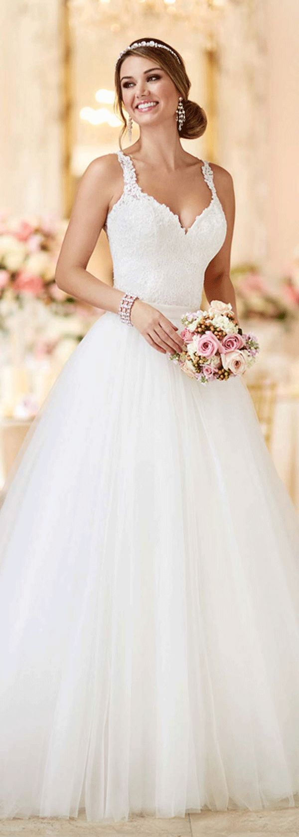 Best 20 dresses with lace ideas on pinterest wedding for Stella york convertible wedding dress