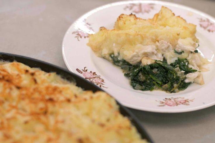 De fish pie, letterlijk vertaald 'vistaart' is Brits van…