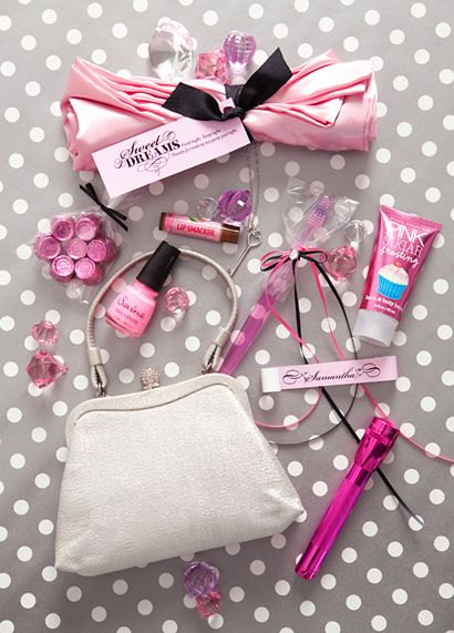 Goody bags for sleepovers - you could even have an adult version of one for when you have overnight guests :)