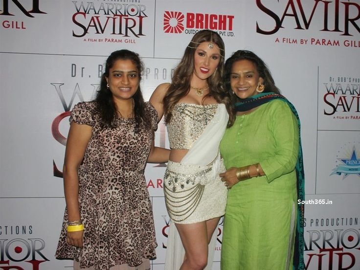 Lucy Pinder At Warrior Savitri Press Meet in Hardrock Cafe Mumbai (14)