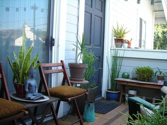 Ryan corky s balcony garden my great outdoors for Balcony zen garden ideas