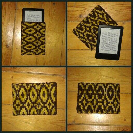 Crochet ebook case, handmade