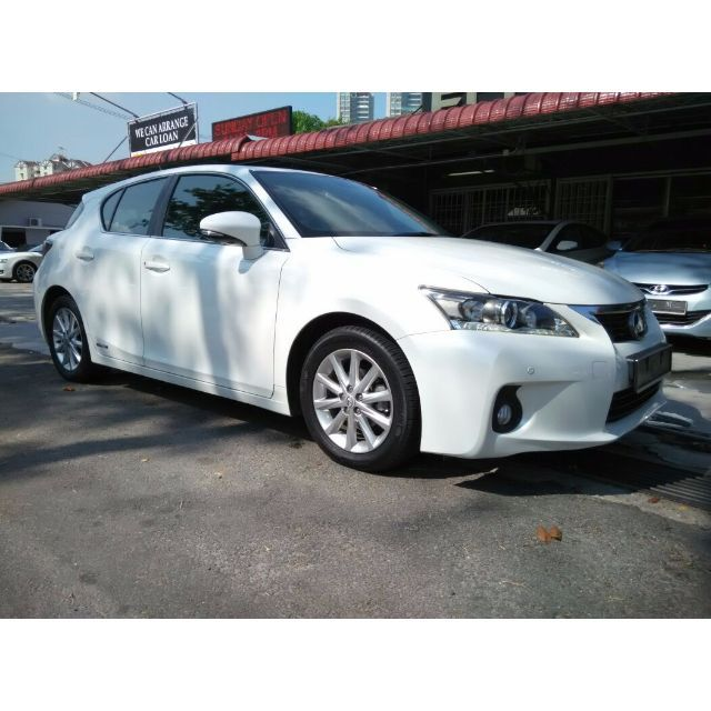 Brand -------- LexusModel -------- CT200hYear ---------- 2012Engine ------- 1798 ccPower -------- 134 bhpTorque ------- 142 Nm0-100 km/h -- 10.3 secTop speed --- 180 km/hFor more info or test drive,Please do not hesitate to call or Whatsapp our specialistMines Lee @ 012-5599788Or please visitwww.carlist.my/dealer/ecogreenautosdnbhdFor more car.