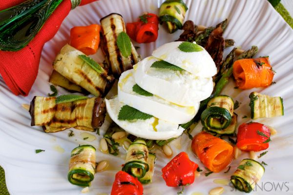 Grilled vegetables with mozzarella, pine nuts