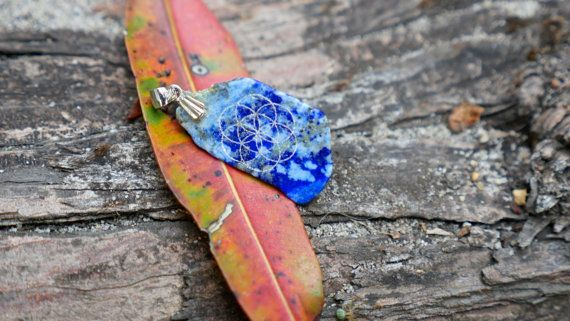 Seed of life engraved sodalite necklace crystal engraving pendant sacred geometry