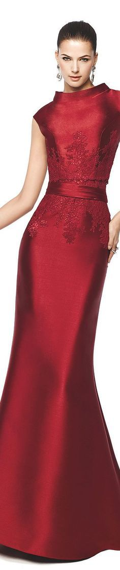 Pronovias Barcelona 2105 Naira | This is one BEAUTY of a dress!