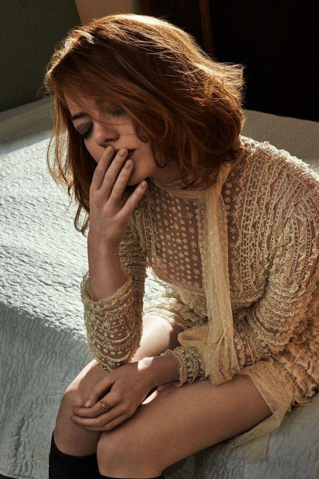 Emma Stone - Closet | LookLive